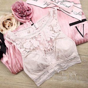 2/$25 ❤️ Victoria's Secret High Neck Bralette